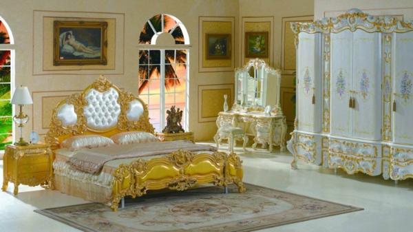 Le chevet baroque rennaissance d 39 un meuble classique for Chambre luxueuse