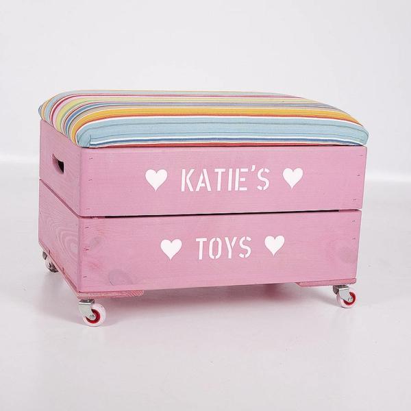 coffre-à-jouets-en-bois-coloré-personnalisé