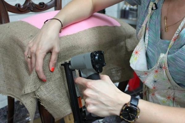 comment-récuo-le-chaise-retro