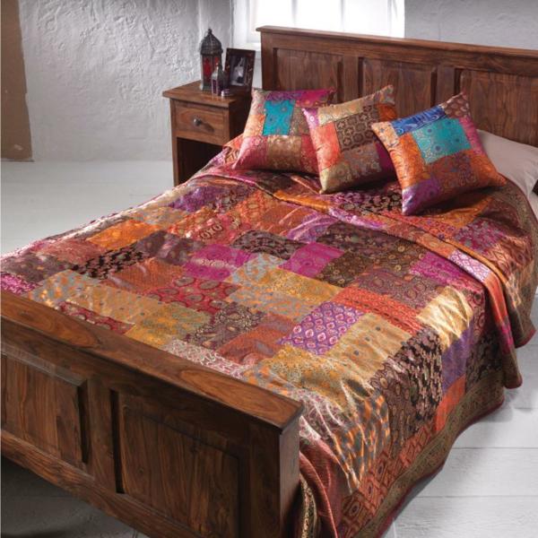 couvre-lit-patchwork-couleurs-intéressantes