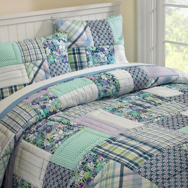couvre-lit-patchwork-design-vert-clair