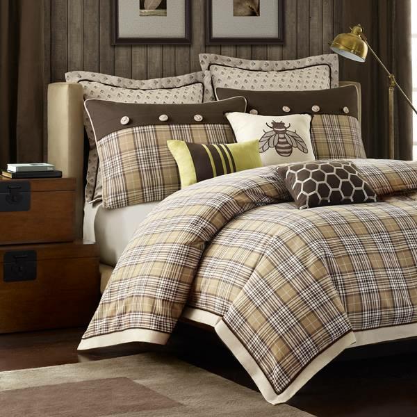 couvre-lit-patchwork-en-beige-classique