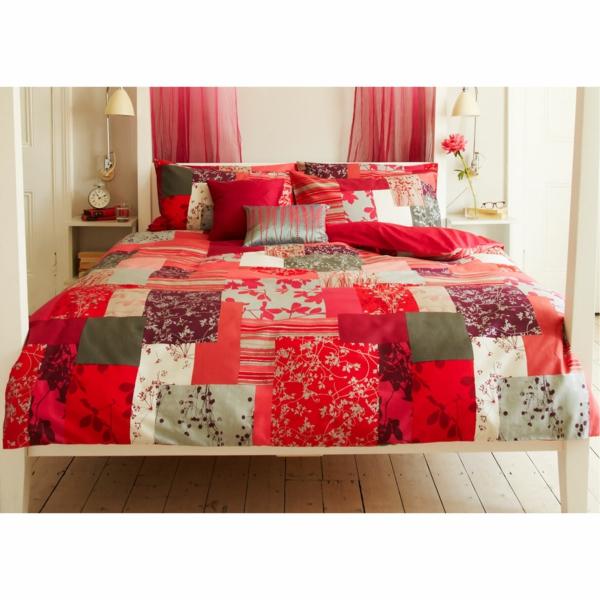 couvre-lit-patchwork-en-rouge-et-vert