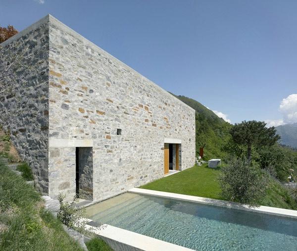 architecture-minimaliste-dexterieur-en-cube-camapgne