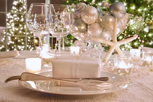 déco-de-Noël-en -blanc