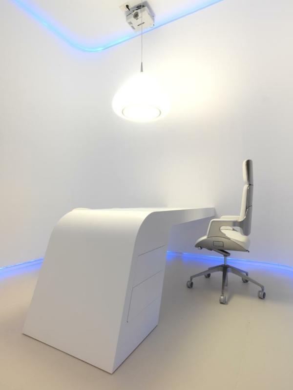 ensemble-table-et-chaise-mobilier-pour-l'office-moderne