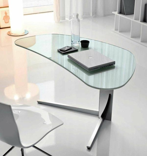 ensemble-table-et-chaise-design-minimaliste