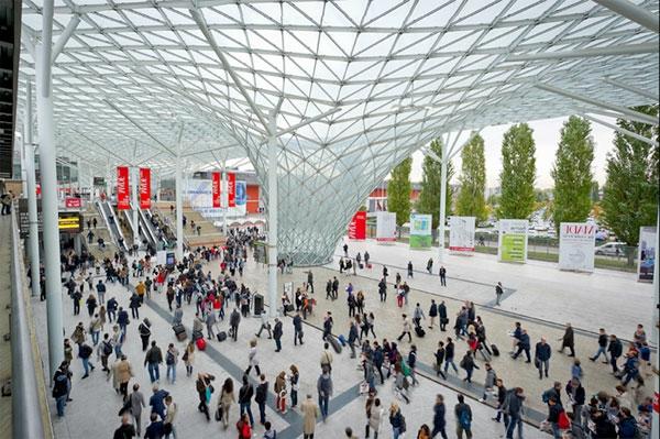 expo-2013-architeture-futuriste