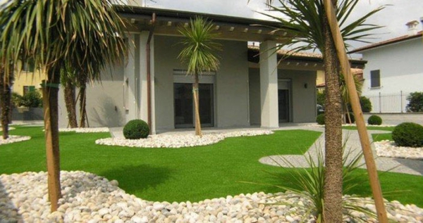 Le gazon artificiel est un produit d coratif d 39 habillage for Jardin gravier pelouse
