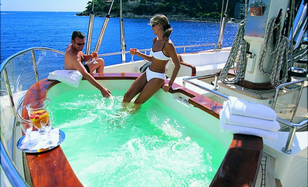 jakuzzi-de-yacht