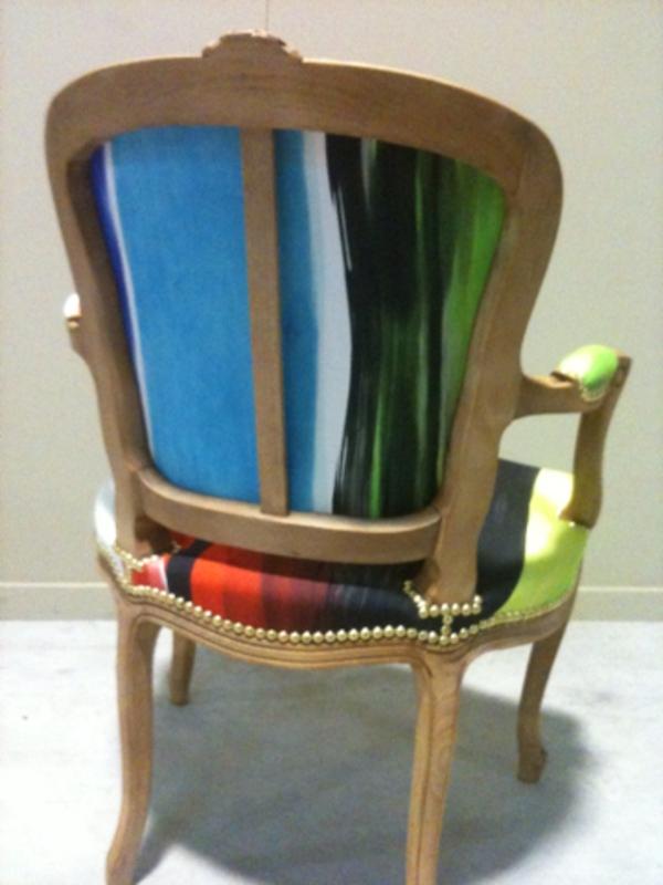 jolie-coloré-fauteuille