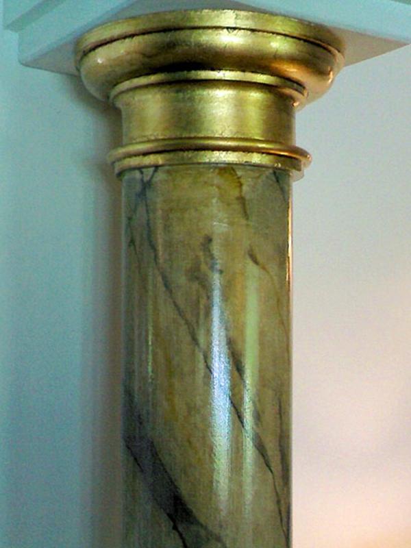 la-peinture-trompe-l' oeil-imitation-de-marbre-colonne-faux-marbre