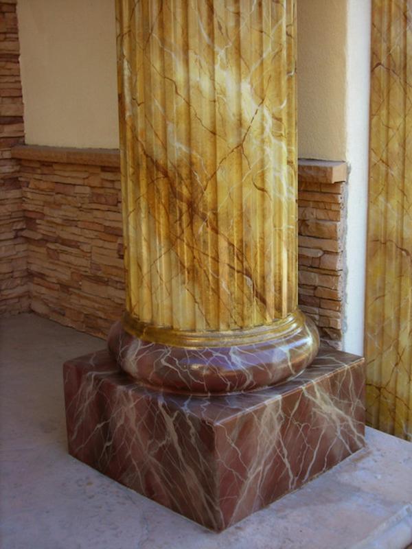 la-peinture-trompe-l' oeil-imitation-de-marbre-pilier-trannsformé