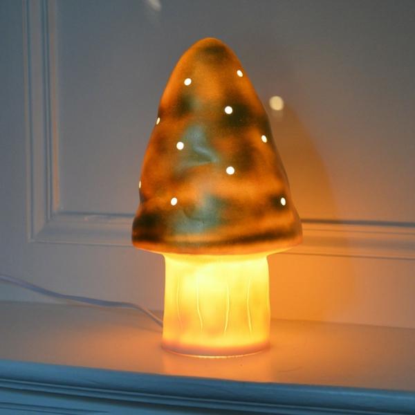 lampe-champignon-couleur-ocre