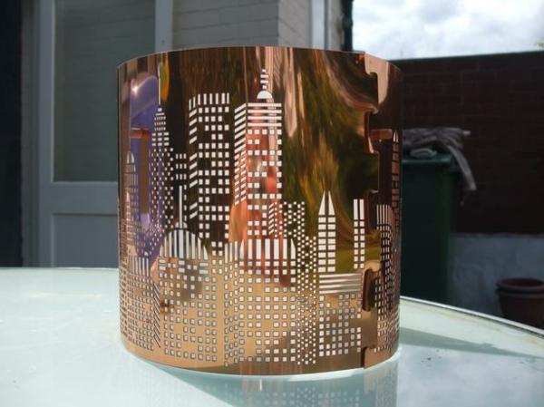 La lampe de chevet new york - élégance et praticité - Archzine.fr