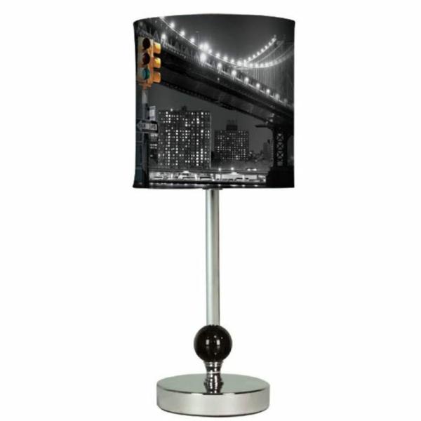 lampe-de-chevet-new-york-lampadaire