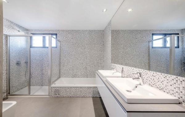 Le lavabo double vasque pour votre salle de bains for Carrelage mauve salle bain