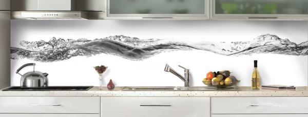 ligne-d-eau-noir-et-blanc