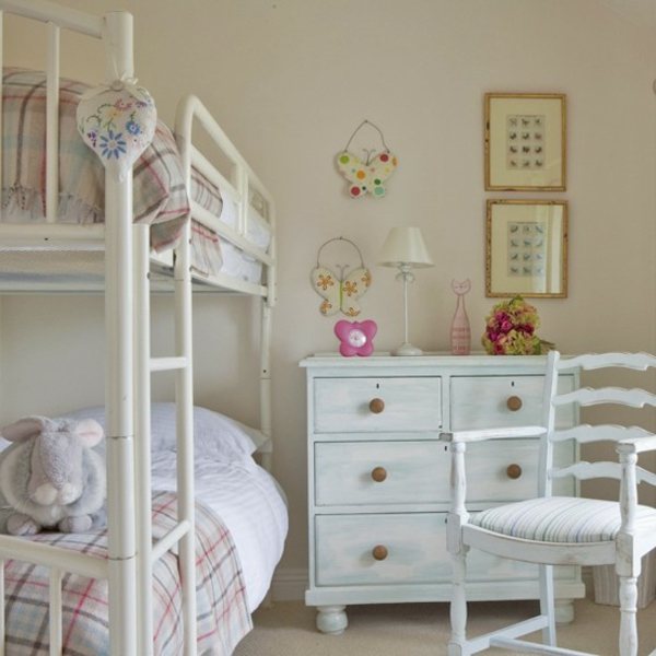 diff rents id es pour le meuble vintage pour votre enfant. Black Bedroom Furniture Sets. Home Design Ideas
