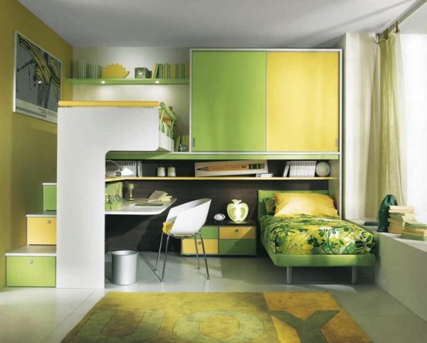 lit-mezzanine-avec-bureau-deux-lits-et-petit-escalier