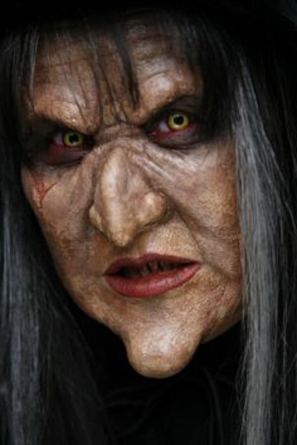 maquillage de sorcière de Halloween