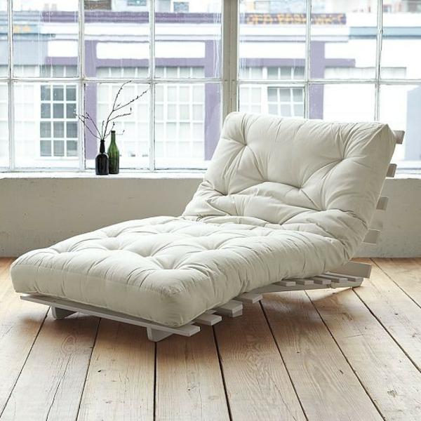 matelas-futon-chaise-longue-blanche
