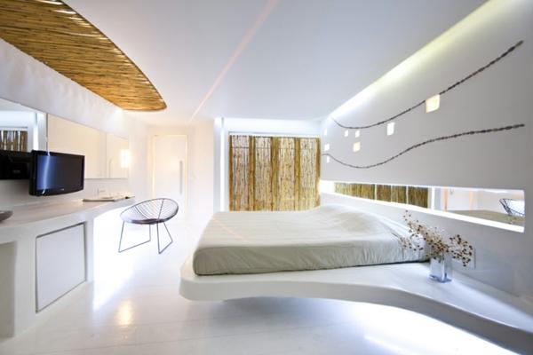 Le meuble design futuriste for Meuble design chambre a coucher