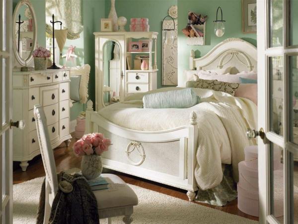 mignon-meuble-vintage-pour-enfant