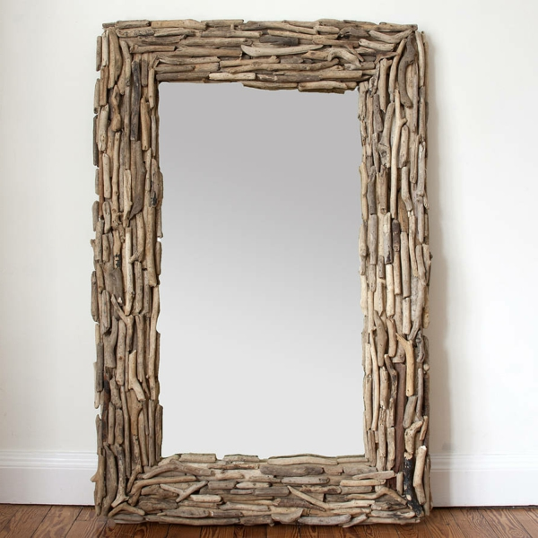 Voyez le monde dans le miroir bois flott for Grand miroir bois brut