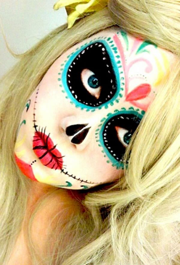 mortal-maquillage-coloriage-de-halloween-pour-le-visage