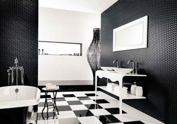 Le carrelage mural de salle de bain for Carrelage noir et blanc