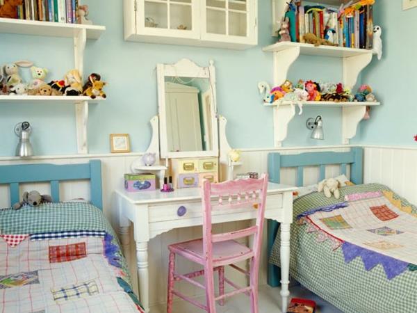 original-meuble-vintage-pour-enfant