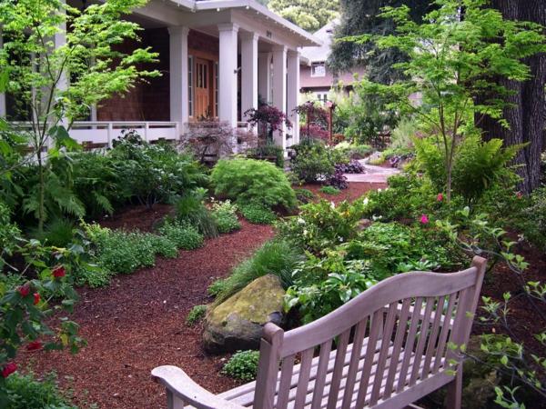 paillage-ardoise-dans-un-jardin-magnifique