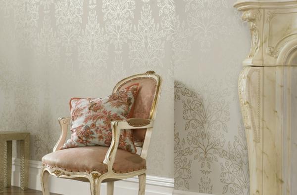 papier-peint-baroque-clair-et-fin