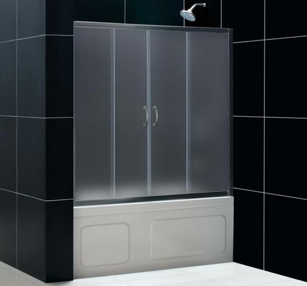Le pare baignoire coulissant se soigne de votre confort - Meuble salle de bain porte coulissante ...