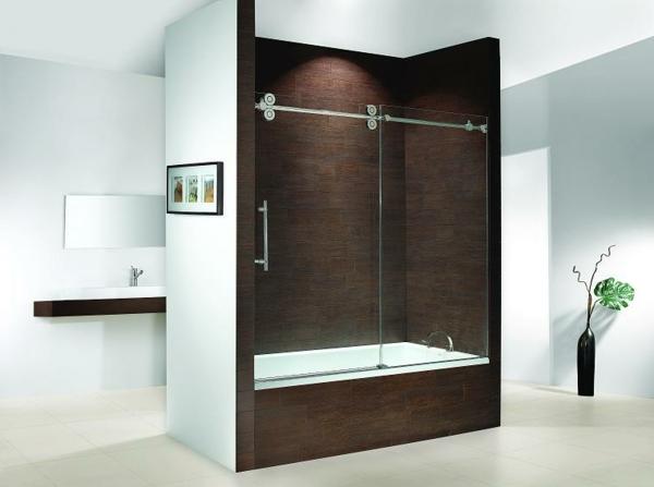 le pare baignoire coulissant se soigne de votre confort dans la salle de bains. Black Bedroom Furniture Sets. Home Design Ideas