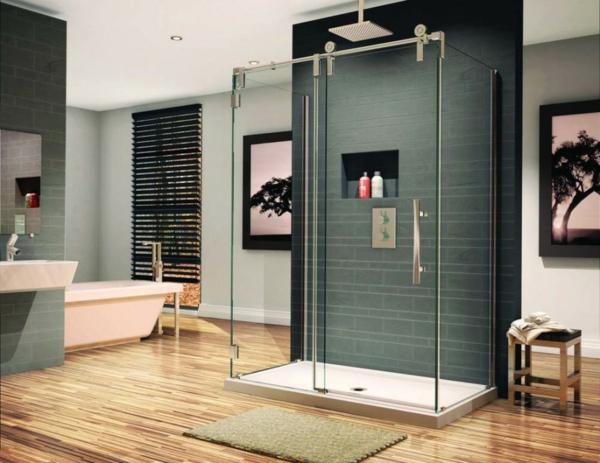 parquet-stratifié-dans-la-salle-de-bains-cabine-de-douche
