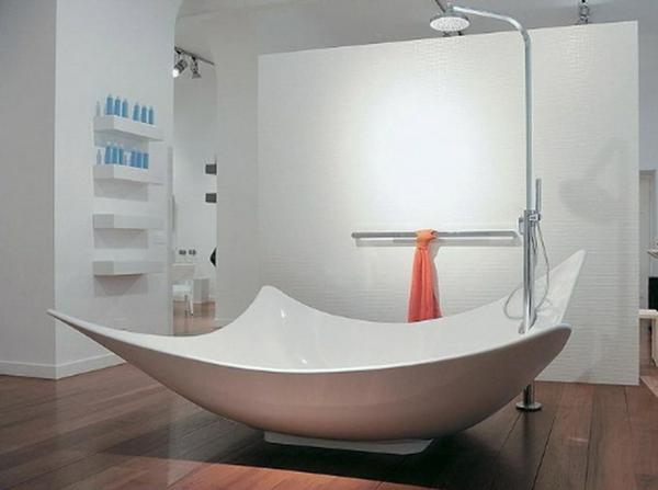 Le parquet stratifi dans la salle de bains est une - Parquet salle de bains ...