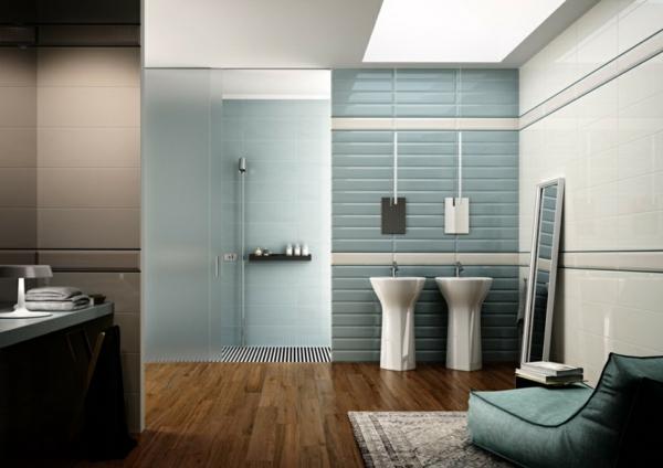 parquet-stratifié-dans-la-salle-de-bains-lavabos-colonnes-fauteuil-bleu-moderne