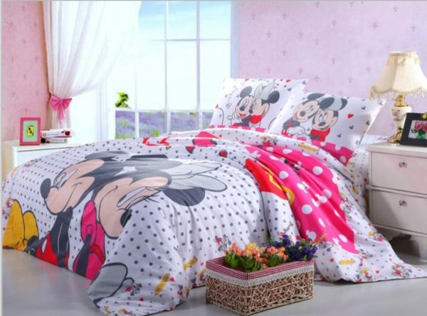 la parure de lit mickey une joie pour vous et vos. Black Bedroom Furniture Sets. Home Design Ideas