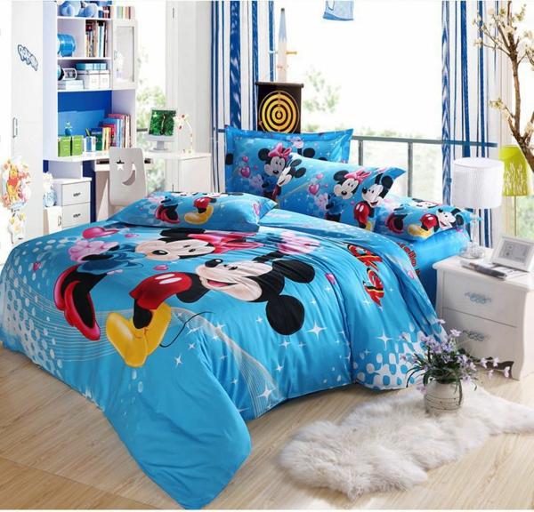 la parure de lit mickey une joie pour vous et vos enfants. Black Bedroom Furniture Sets. Home Design Ideas