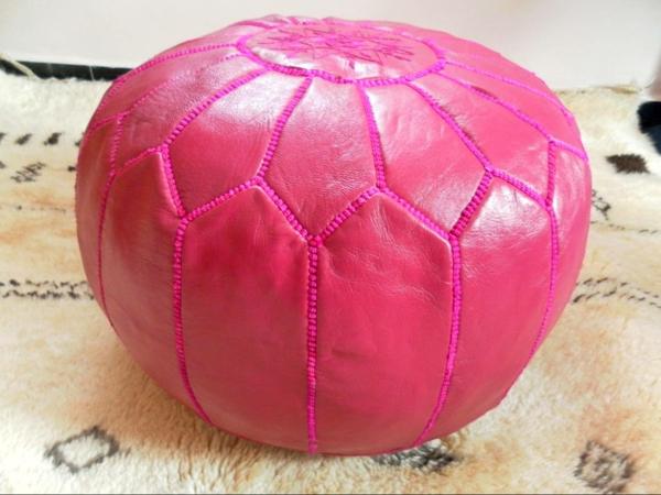 pouf-marocain-en-cuir-rose