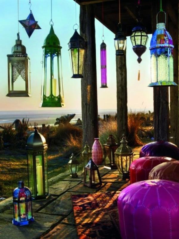 pouf-marocain-et-lanternes-marocaines
