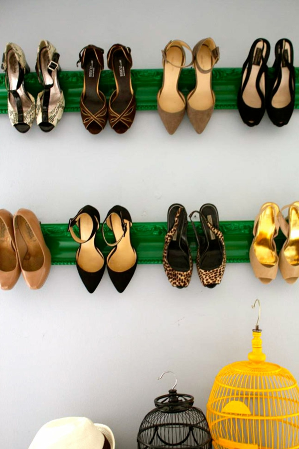 range-chaussures-mural-vert