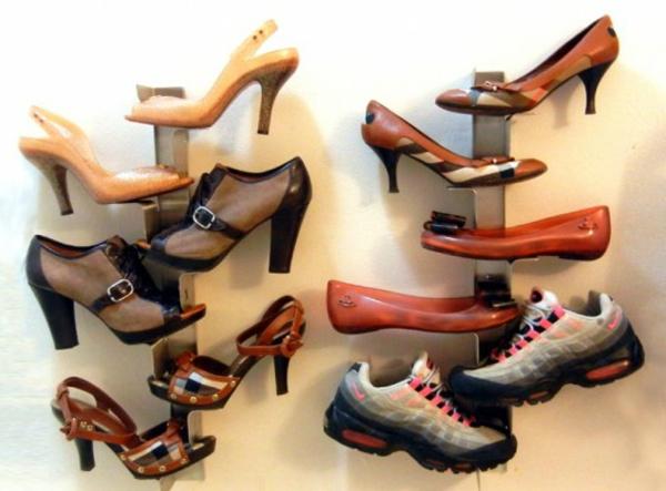 range-chaussures-mural-vertical