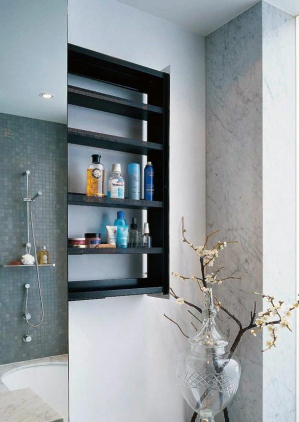 rangement-de-salle-de-bains-étagères-en-bois-noir