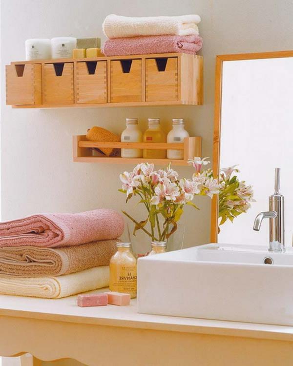 rangement-de-salle-de-bains-joli-en-bois