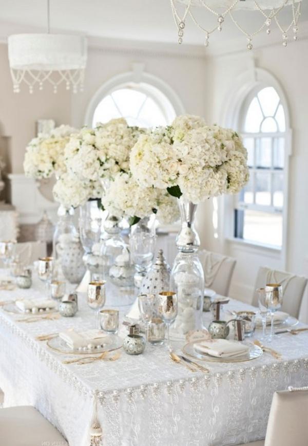 rangement-de-table-de-noel-en-blanc