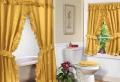 Un rideau de douche original transforme votre salle de bains