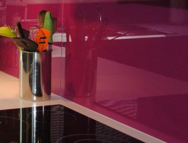 credence verre rose ustensiles de cuisine. Black Bedroom Furniture Sets. Home Design Ideas